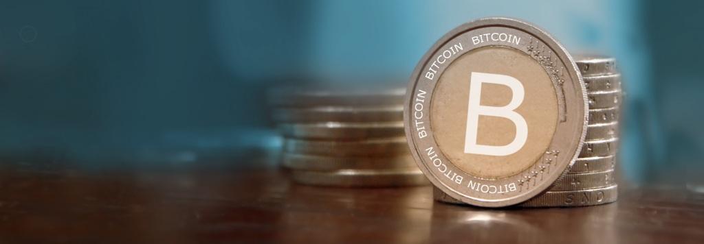 bitcoin-poker-banner-792753711